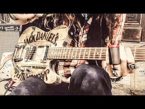Jack Daniel's Whiskey Barrel Guitar | JUSTIN JOHNSON SOLO SLIDE GUITAR Mp3