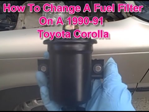 Fuel filter replacement on a 1991 Toyota Corolla - YouTube