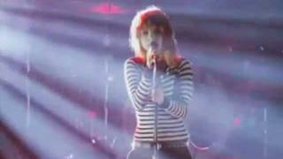PARAMORE-Let The Flames Begin+outro(live)