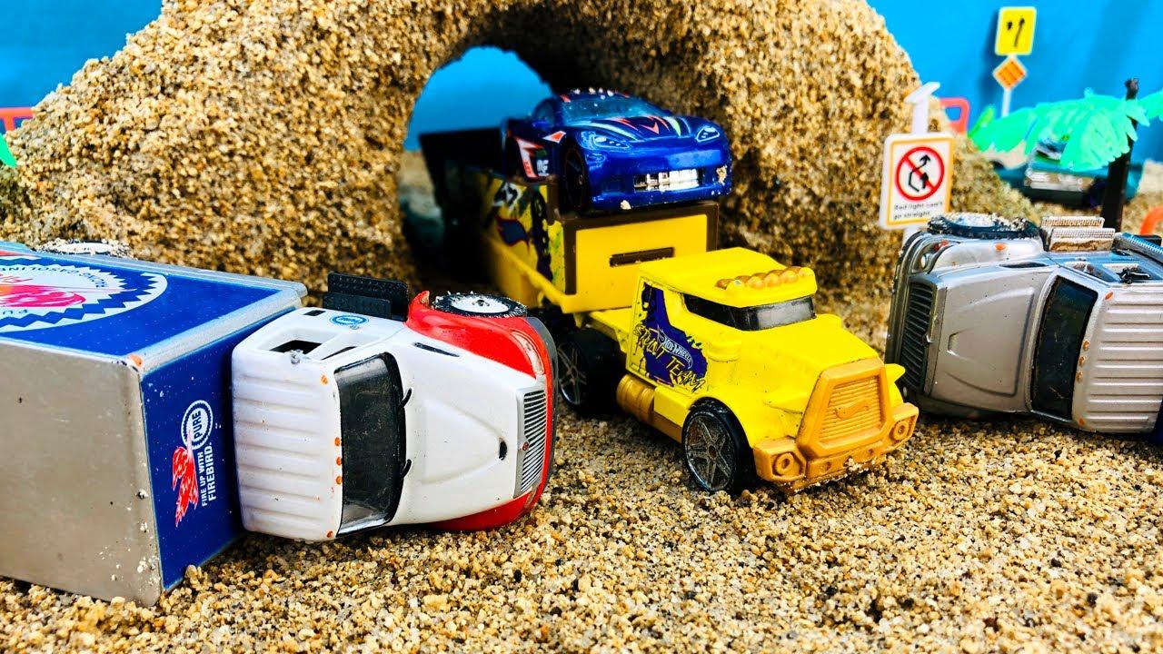 Camiones Infantiles - Rescate de Carros Hotwheels de Colores - Choque de Vehículos para Niños