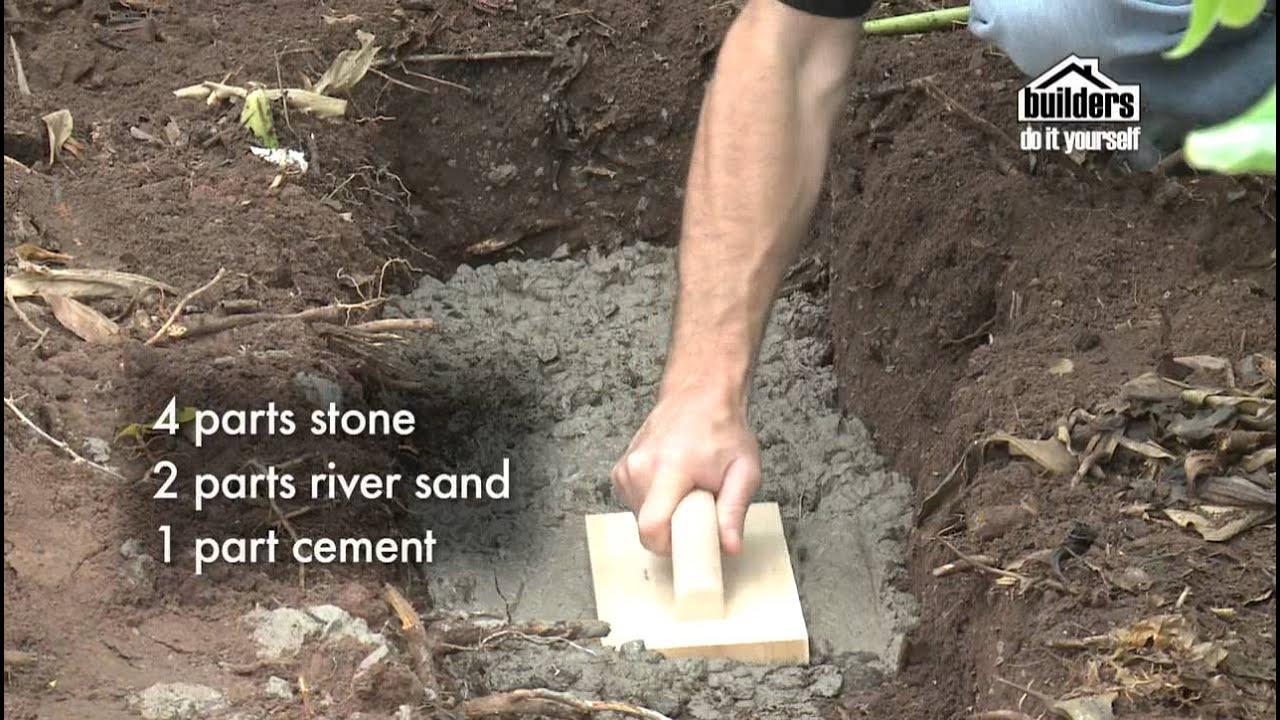Builders Diy Designing Your Garden Building A Retaining Wall Seat