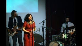 "Jazzfest Bonn 2016: Lisa Bassenge, ""All stripped down"", Haus der Geschichte"