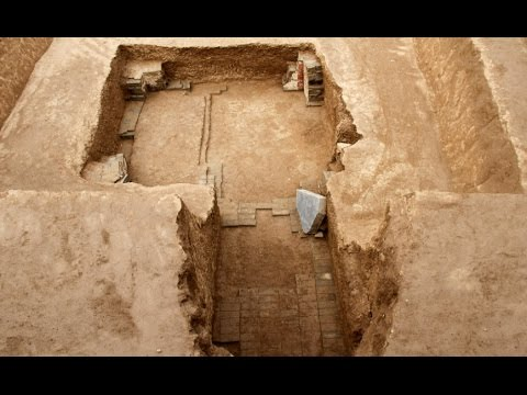 Ancient Tomb Uncovered in Northwest China City