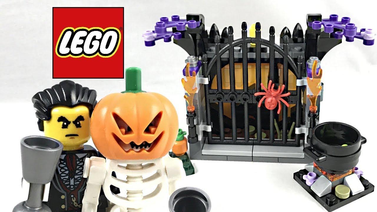 LEGO Halloween Haunt review! 2017 set 40260! - YouTube