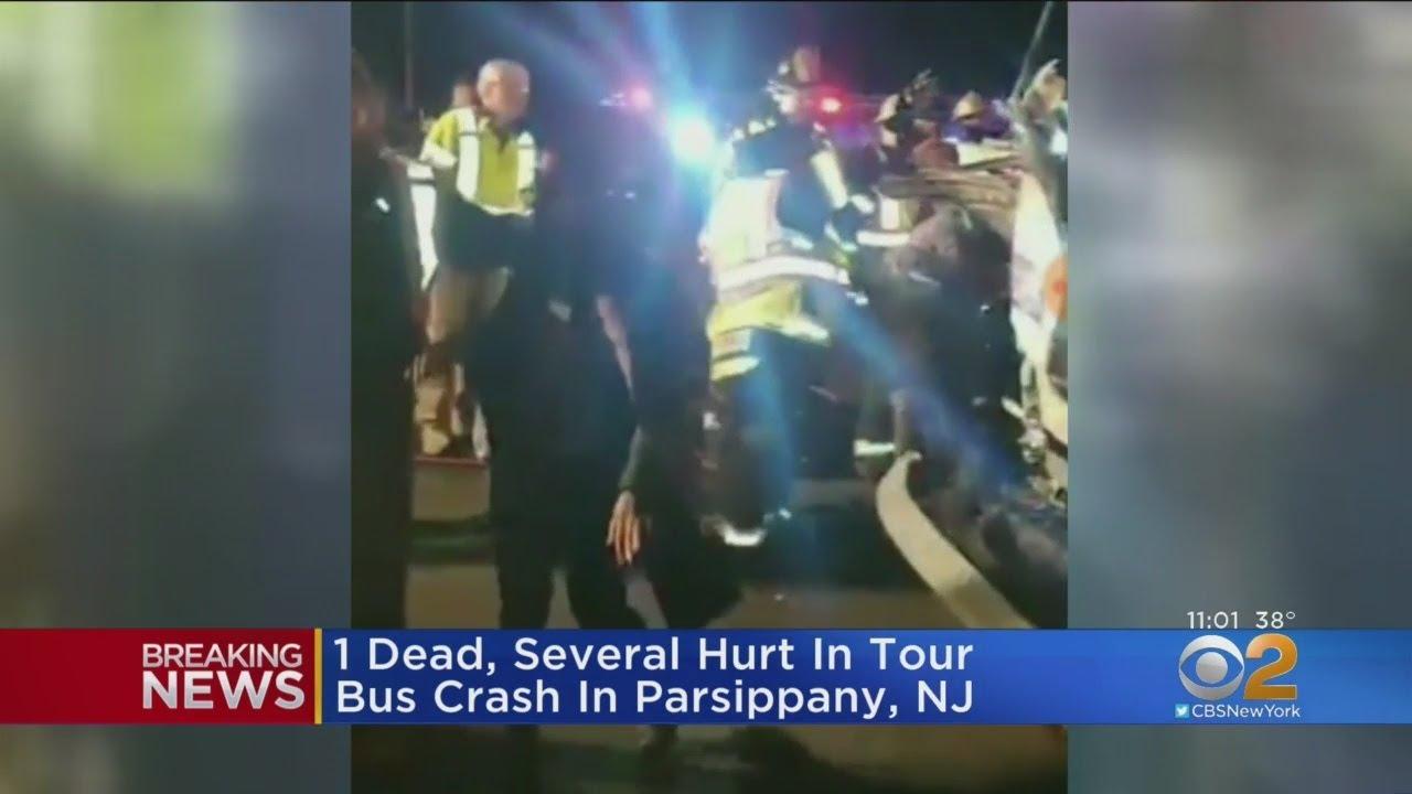 1 Dead, 20 Hurt In Tour Bus Crash In NJ