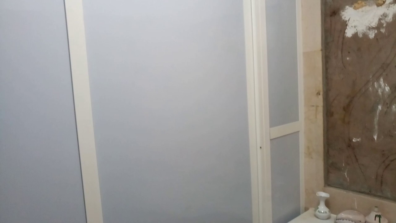 Cabine de douche en aluminium 2 تقسيم حمام المنزل بالالمنيوم - YouTube