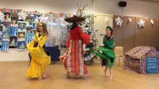 """Цыганский танец под песню """"Ежедневно меняется мода"""""""