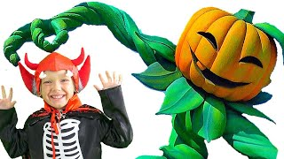 All videos about Helloween. Collection of videos for children from Lev family Show
