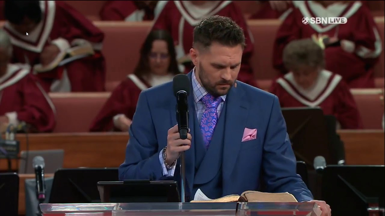 Gabriel Swaggart – Billy Knight