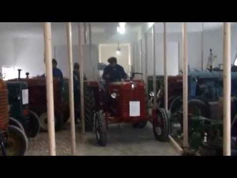 mc cormick d326 veter n traktor youtube. Black Bedroom Furniture Sets. Home Design Ideas