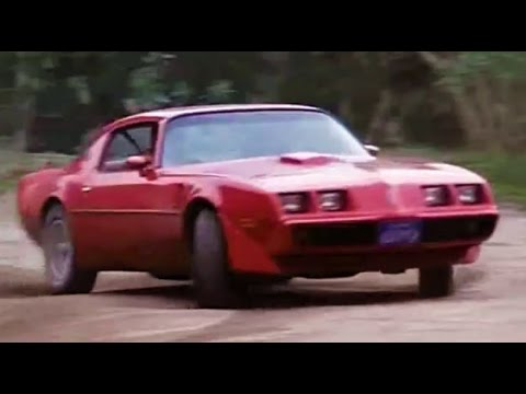 Firebird Trans Ams in 2 chases