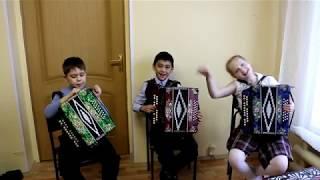 Как научиться играть на гармони (обучающее видео)