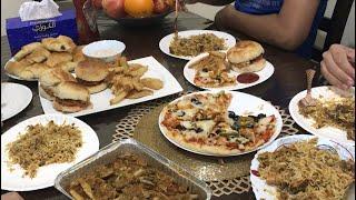 Family k liye dawat |Zinger burgers cheese croissants, pizza,wedges, || Pakistani Vlogger in Dubai