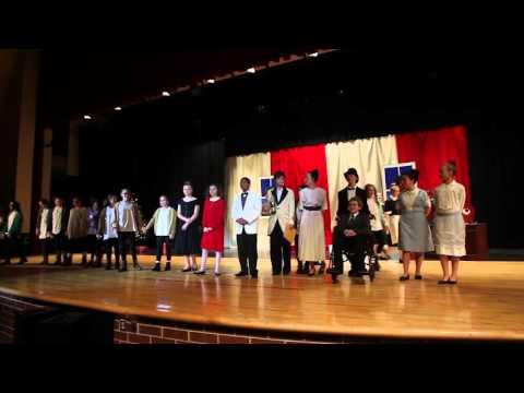 Easton Area Middle School students perform 'Annie Jr.'