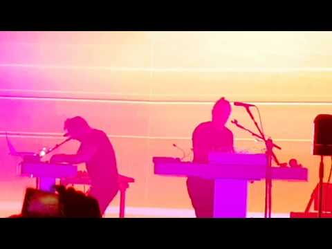 Thom Yorke – The Clock (The Eraser). Tomorrow's Modern Boxes.