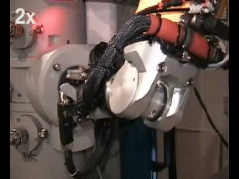 STAUBLI.TV - Fully Automated Electron Microscope Tending Robot System