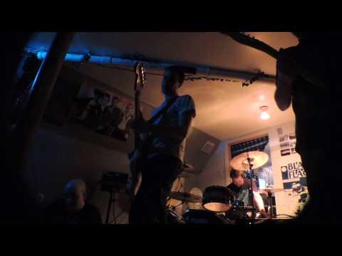 Echoes from Jupiter (live) at Pandora's Box (Quebec, Canada D.I.Y. venue) 29-05-2013