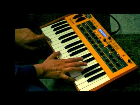 Mopho keyboard Preset sounds Bank 1 test Powerful Analogue Synthesizer by Dave Smiths Instruments