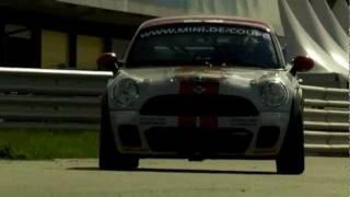 Mini John Cooper Works Coupe Endurance 2011 Videos