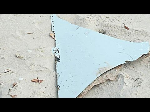 """Both debris found in Mozambique """"almost certainly"""" from MH370"""