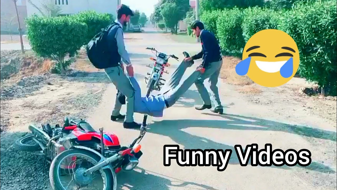 ???? College Funny Videos Boys girls ???????? musically Tiktok Videos 2019 - HD center