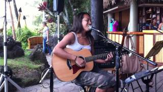 """My """"unplanned"""" appearance at dukes on kauai thanks to leahi :) glasses, no make-up, casual clothing...i was not prepared lol."""