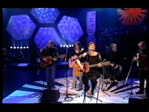 Linda Thompson, Dear Mary on Later With Jools Holland.MPG
