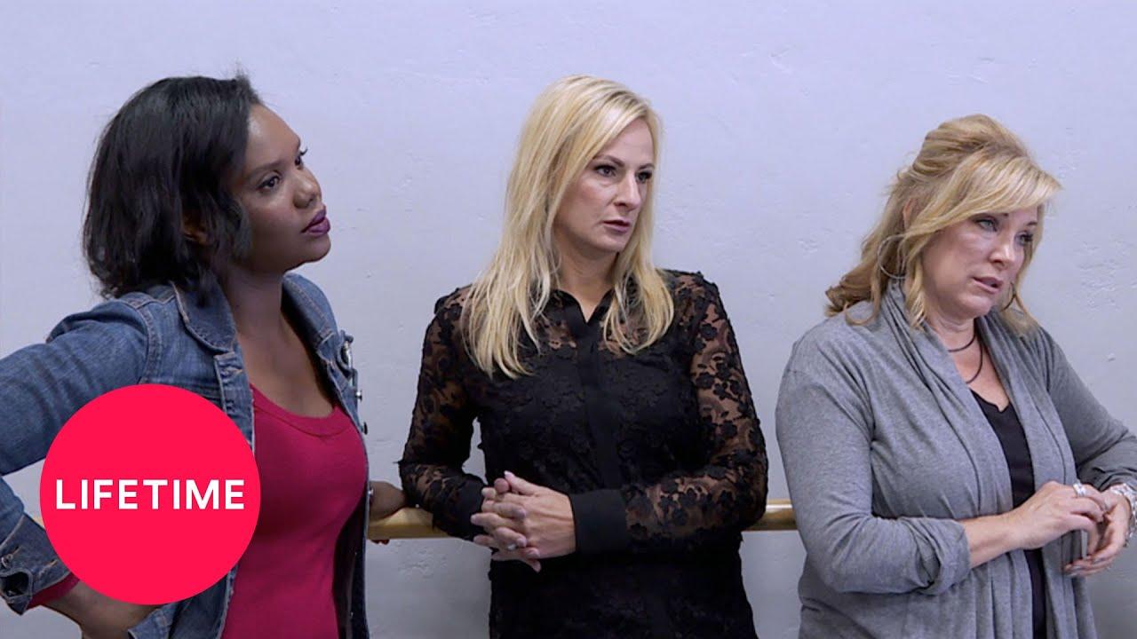 Download Dance Moms: Moms' Take: Introducing the Irreplaceables (Season 7, Episode 23) | Lifetime