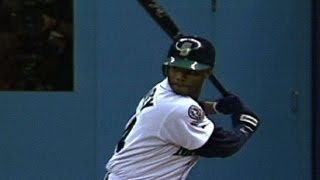 ALDS Gm5: Griffey hits clutch eighth-inning home run