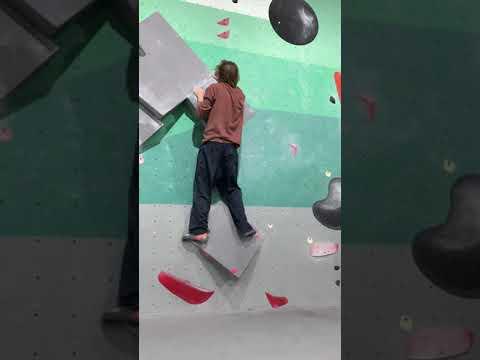 Climbing Progression Video #1 Slab at Tufas Boulder Lounge (V4 - V6)