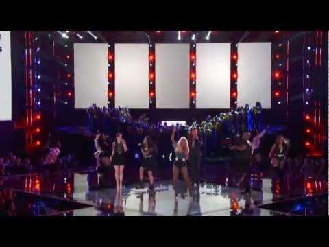 (HD) Christina Aguilera - Hillbilly Bone & Fighter Live The Voice