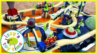 Thomas and Friends Surprise Bag! KidKraft Space Station! Fun Toy Trains for Kids