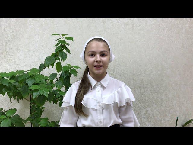 Изображение предпросмотра прочтения – МединаРешедова читает произведение «Поёт зима— аукает…» С.А.Есенина