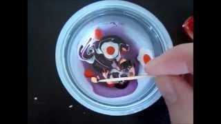 Kaip nudažyti kiaušinius su nagų laku