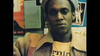 Gregory Isaacs - Party in the Slum / Rock Me in Dub