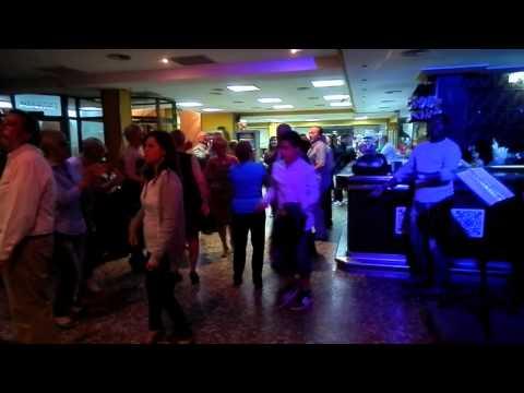 MUSICA EN VIVO BAR RESTAURANTE BUFFET WOOK PLA DE MAR CUNIT TARRAGONA