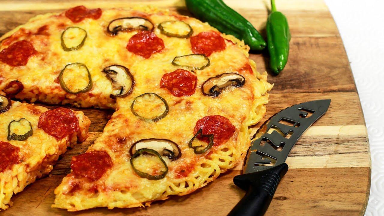 RAMEN PIZZA aus der Pfanne - Pizza trifft Pasta - YouTube