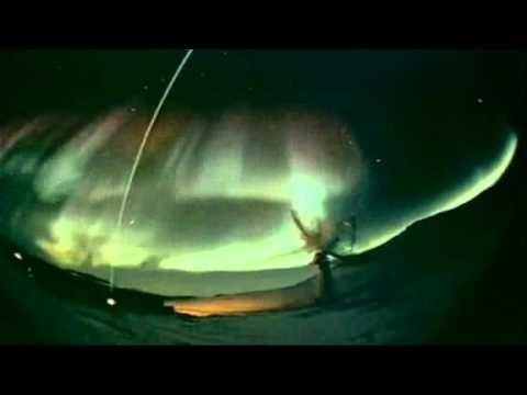 Cực quang lộng lẫy từ sóng thần mặt trời tại Mỹ   Thư viện vật lý   Giáo án  trắc nghiệm  video vật lý  ebook
