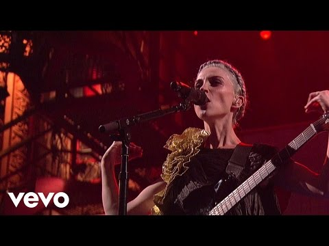 St. Vincent - Digital Witness (Live On Letterman)
