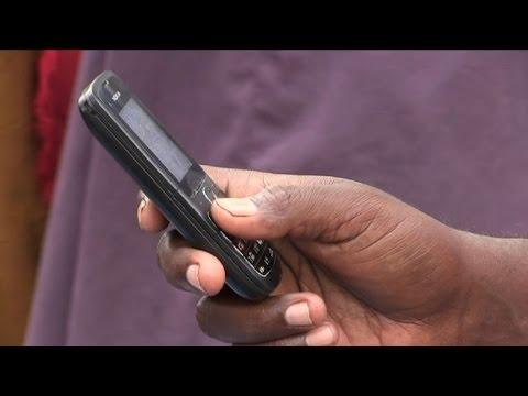 Somalia abandons shillings for mobile money transfers