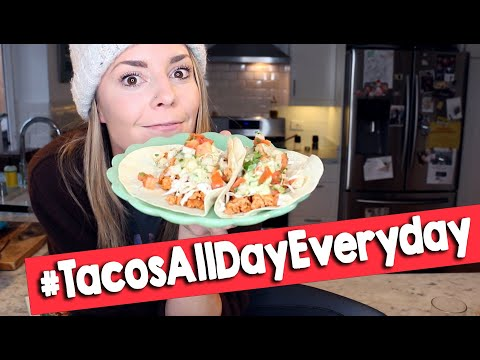 WE'RE MAKING TACOS // Grace Helbig