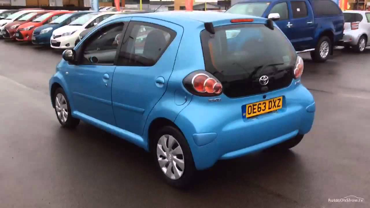 toyota aygo vvt i move blue 2013 youtube. Black Bedroom Furniture Sets. Home Design Ideas
