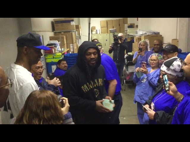 Marshawn Lynch Surprises Hospital Staff