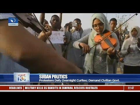 Sudan Politics: Protesters Defy Overnight Curfew, Demand Civilian Govt.
