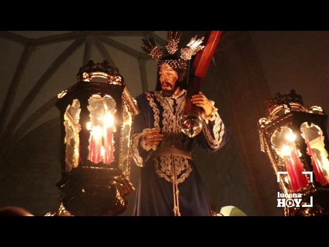 VÍDEO: Las imágenes del Vía Crucis del Cristo del Amor por las naves de San Mateo