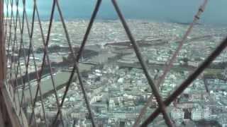 ФРАНЦИЯ: Эйфелева башня... со 2 этажа на самый верх... France Paris(Смотрите всё путешествие на моем блоге http://anzor.tv/ Мои видео путешествия по миру http://anzortv.com/ Форум Свободных..., 2012-02-09T15:02:09.000Z)
