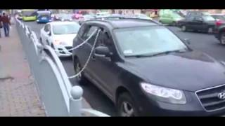 How Moscow drivers fight illegal parking tow trucks