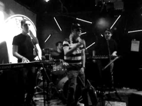 Groovy-Era live @ La Chiave - 19.04.2013  /  Mas Que Nada Travel Video