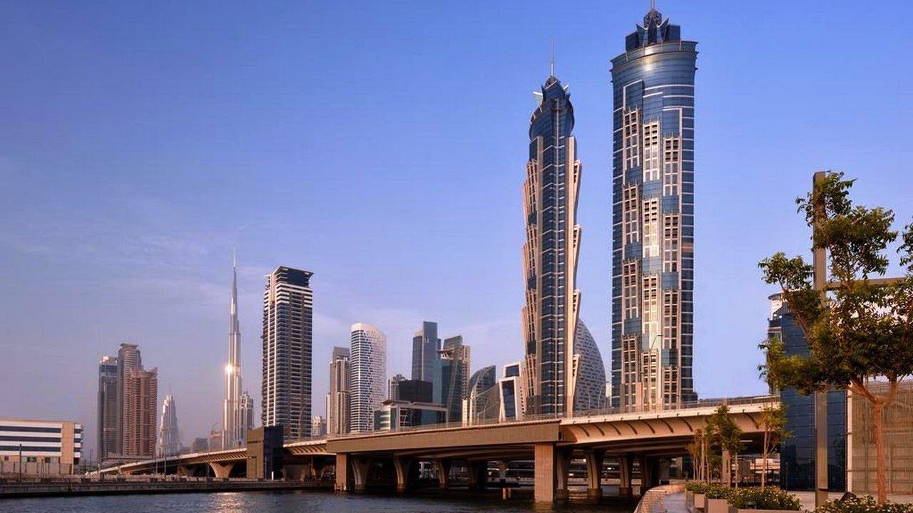 Tallest hotel in the world jw marriott marquis hotel for Tallest hotel in the world