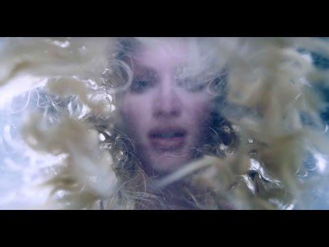 XHOANA X  Drowning